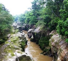 The Mandiyaco canyon, sacred to the Inga indigenous people. Photo © El Mundo Magico