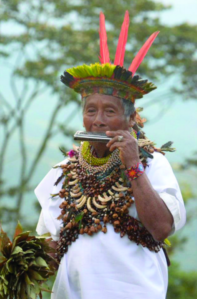 Don Laureano, 110 years old Taita Mayor - Photo courtesy: V. Piaguaje - Photo © Luna Color