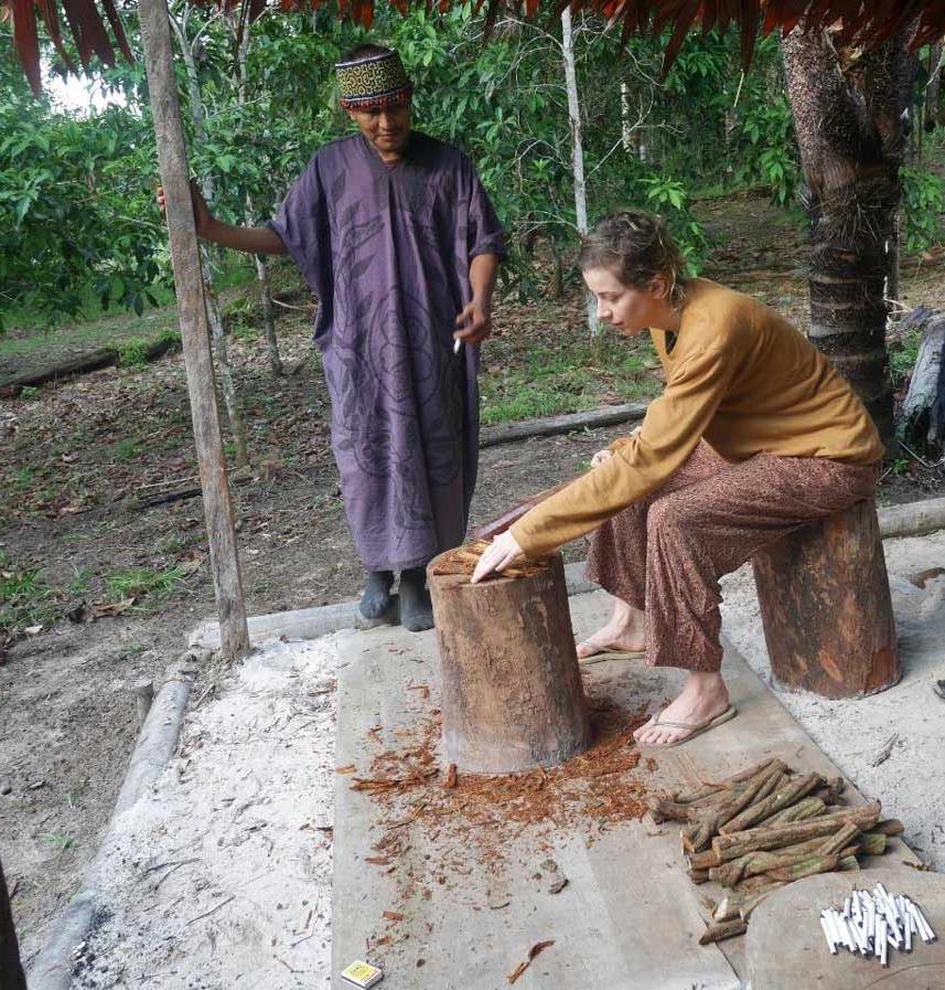 Shipibo Maestro Ronel supervising the preparation of Ayahuasca